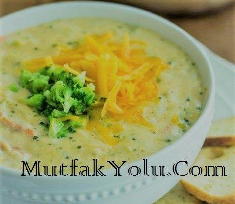 Havuçlu Şehriyeli Brokoli Çorbası