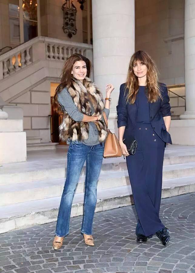 Juliana Awada y Caroline De Maigret http://www.blocdemoda.com/2015/11/juliana-awada-es-la-nueva-primera-dama-moda-mujer-macri.html