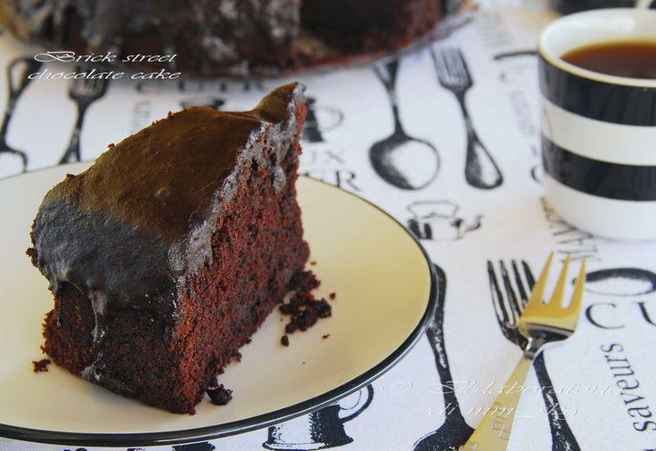 IL LABORATORIO DI MM_SKG: ΚΟΛΑΣΜΕΝΗ ΑΜΕΡΙΚΑΝΙΚΗ ΣΟΚΟΛΑΤΟΠΙΤΑ BRICK STREET CHOCOLATE CAKE // BRICK STREET CHOCOLATE CAKE