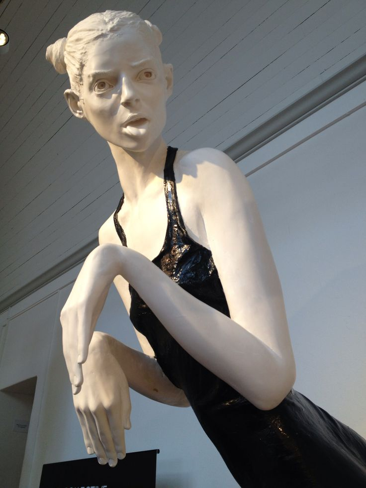 Staty skapad av konstnärinnan Cajsa von Zeipel, som ställs ut på Millesgården.