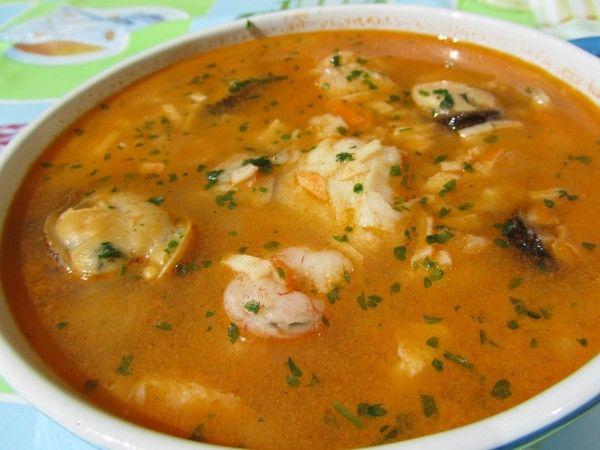 Sopa De Pescado Thermomix La Juani De Ana Sevilla Sopa De Pescado Sopa De Mariscos Receta Sopa De Pescado Facil