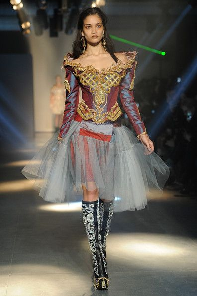 Vivienne Westwood: Runway - Paris Fashion Week Womenswear Fall/Winter 2012 - Pictures - Zimbio