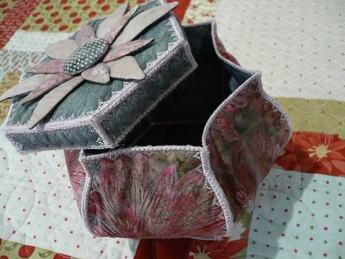 August 2013 Embroidery Club Project – Fancy Flower Box | Sew This And That