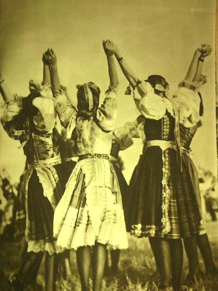 Slovenské dievčatá a ich tanec
