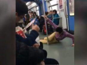 Trende direk dansı yapan Çinli adam İZLE