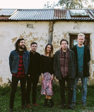 NEWS: The indie rock band, The Paper Kites, have announced a North American tour, for the fall. They will be touring in support of their upcoming EP, twelvefour. You can check out the dates and details at http://digtb.us/1hPzuqB