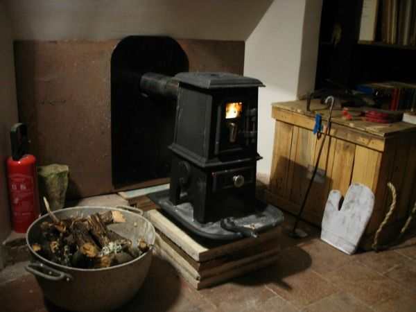 Tiny Wood Stove | Efficent, Affordable – Small Space Heating! - Best 25+ Wood Stove Reviews Ideas On Pinterest Small Wood