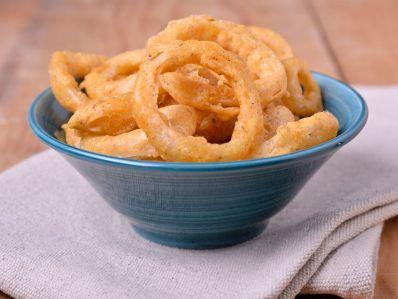 Receta | Onion rings (Aros de cebolla) - canalcocina.es