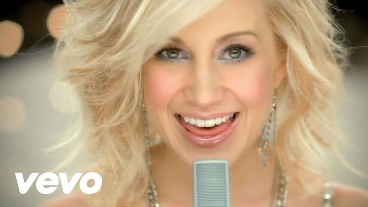Kellie Pickler - Best Days Of Your Life with Taylor Swift....Uploaded on Oct 2, 2009 Kellie Pickler's official music video for 'Best Days Of Your Life'.