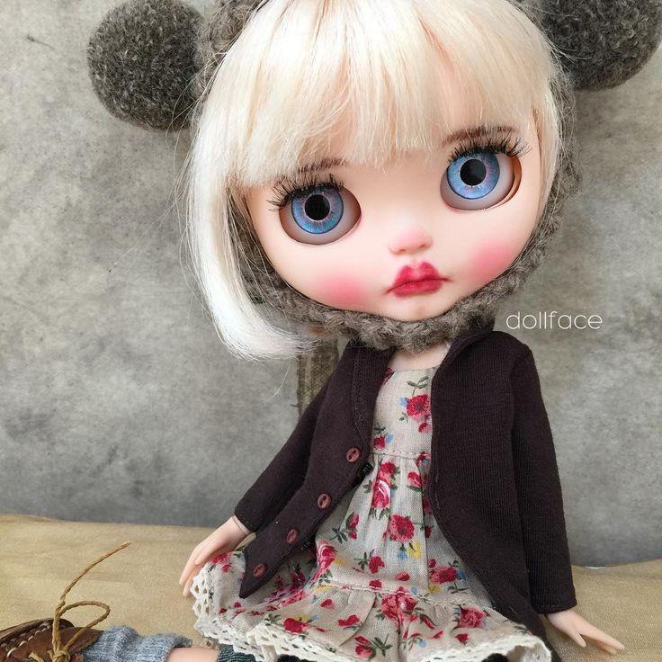 Gweniny modré oči  #gwenstefani #thevoice #blakeshelton #pharrellwilliams #adamlevine #dollface #dolls #lips #bjd #blonde #customblythe #bigeyes #puckerup #blueeyes #photograpy #artdoll #art