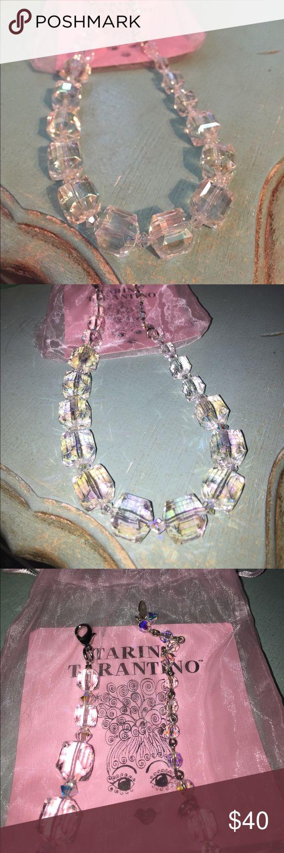 Tarina tarantino lucite necklace Tarina tarantino lucite necklace color is clear with a hologram shine to it Tarina Tarantino Jewelry Necklaces