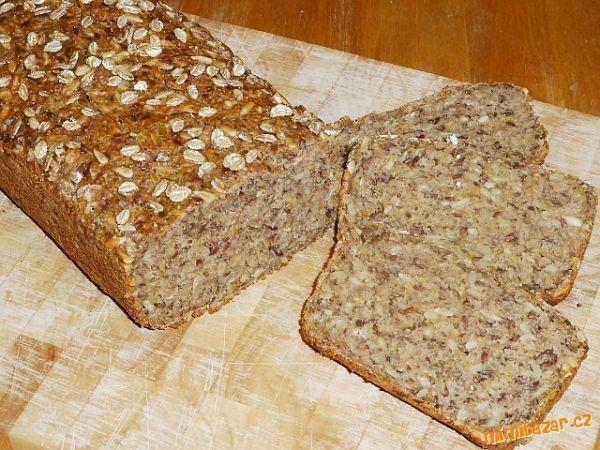 Chléb žitný mnohozrnný