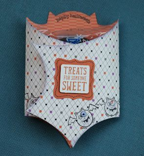 Decorating the Days of Our Lives: Treat bags at the September card class