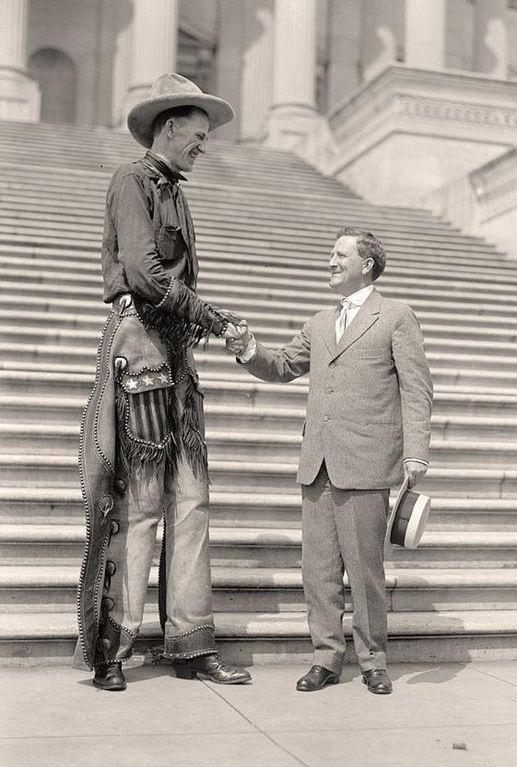 A Very Tall Cowboy, 1919 : OldSchoolCool