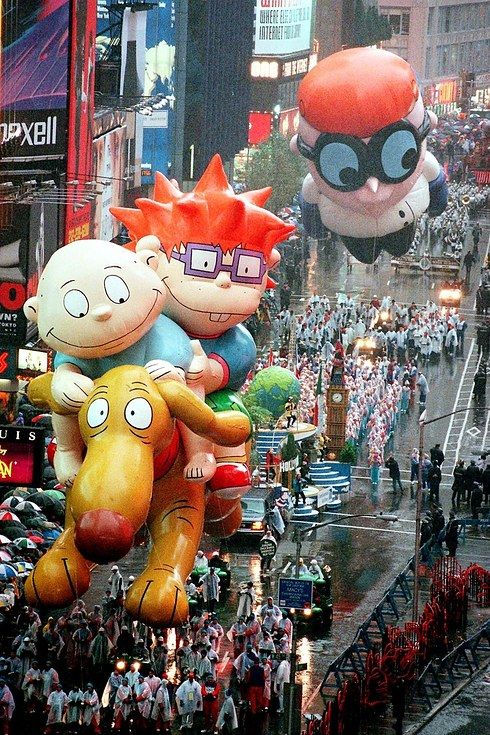 day 27..The Macy's Thanksgiving Parade In The '90s Was Pure Perfection