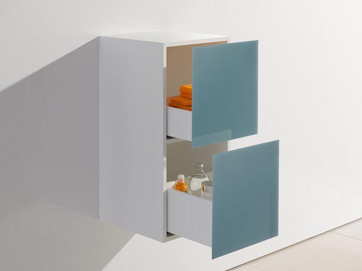 Das Bad Mobiliar M 40 Umfasst Design Badmöbel Mit Waschtischen,  Hochglänzende Schränke Und
