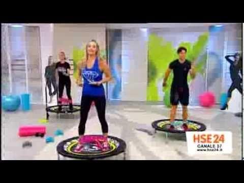 Monya fitness Giwa zumba sul trampolino elastico passi base salsa merengue e kizomba misti a fitness - YouTube