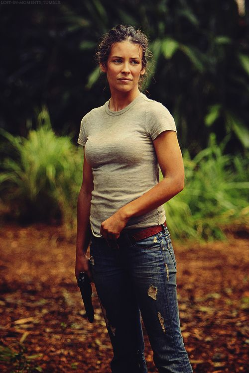 evangeline lilly as kate austen on lost. I am a tad obssesed with Lost!!