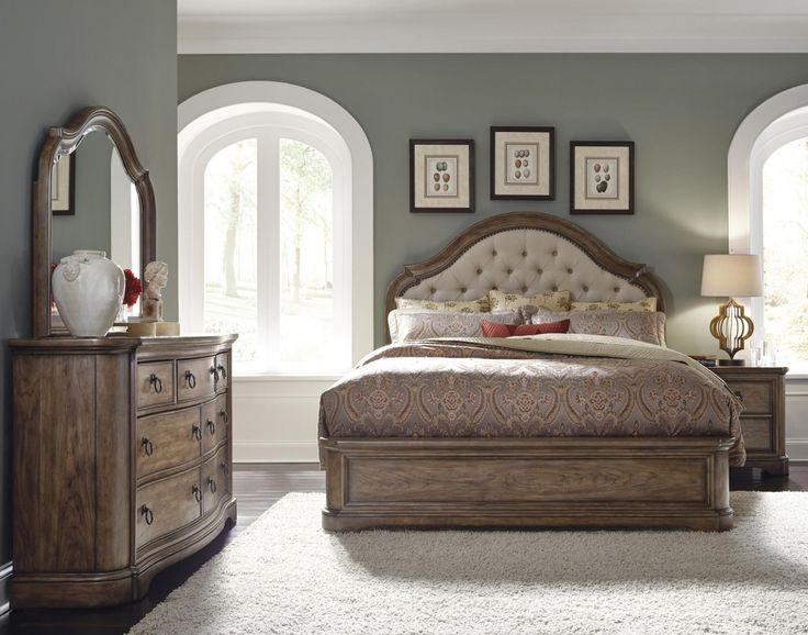 Aurora - Upholstered Bed