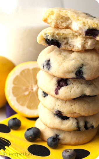 Oh man i have a sweet tooth! Lemon Blueberry Cheesecake Cookies by