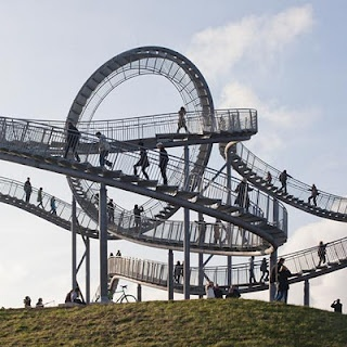 'Magic Mountain' Rollercoaster climber in Germany