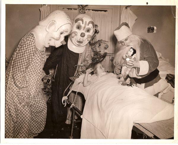 vintage bizzarre photos | 18 Creepy Vintage Photographs ~ Extremely weird stuff