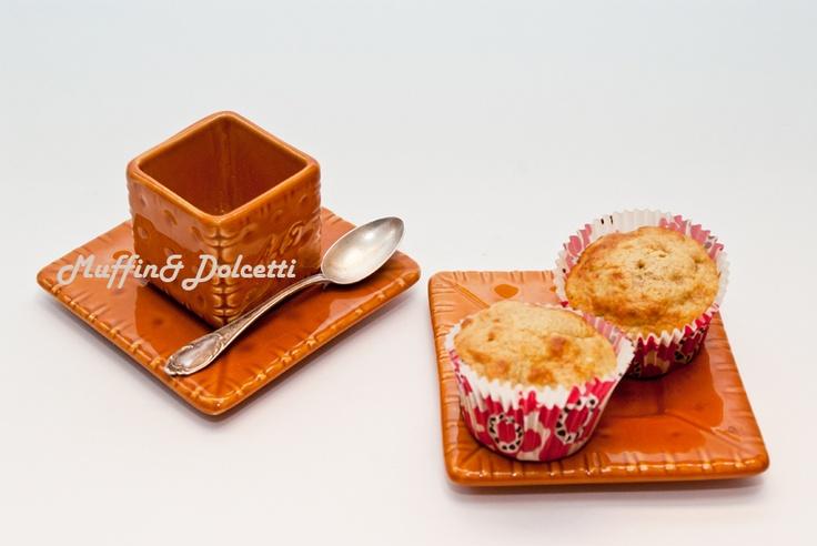 Muffin con Banane e Noci! Per la videoricetta clicca qui: http://youtu.be/gt4hzWr97T0    Muffin with Banana and Walnut! For the recipe click: http://youtu.be/gt4hzWr97T0