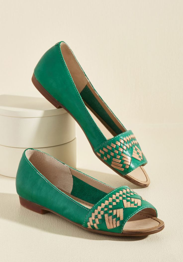 Your hopes and prayers for the perfect leather flats have paid off, for these green peep toes from Latigo have finally arrived! A slip-on style elevated with geometric stitching atop each band, these luxe skimmers are a fashion fantasy come to life.