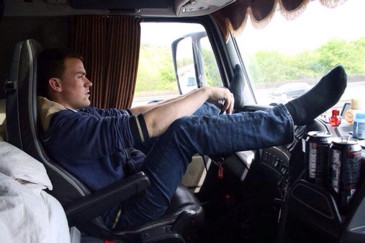 driver black single men Support support the real women in trucking ~ low standard entry-level driver training practices are barriers for qualified women seeking to enter the trucking industry.