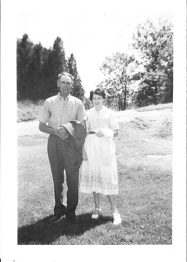 Mom & dad at Gravenhurst TB sanitarium, 1958