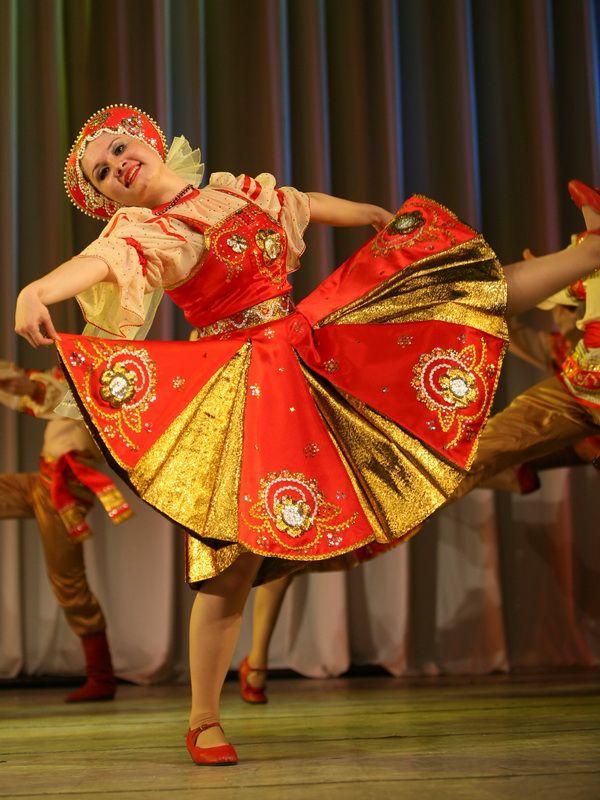 русский народный костюм для танца картинки родила великому кормчему