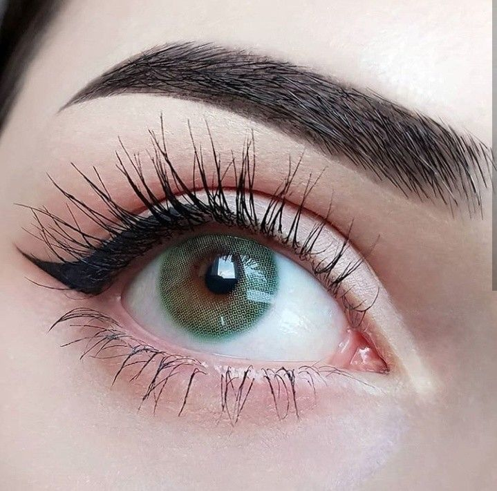 attractive eye