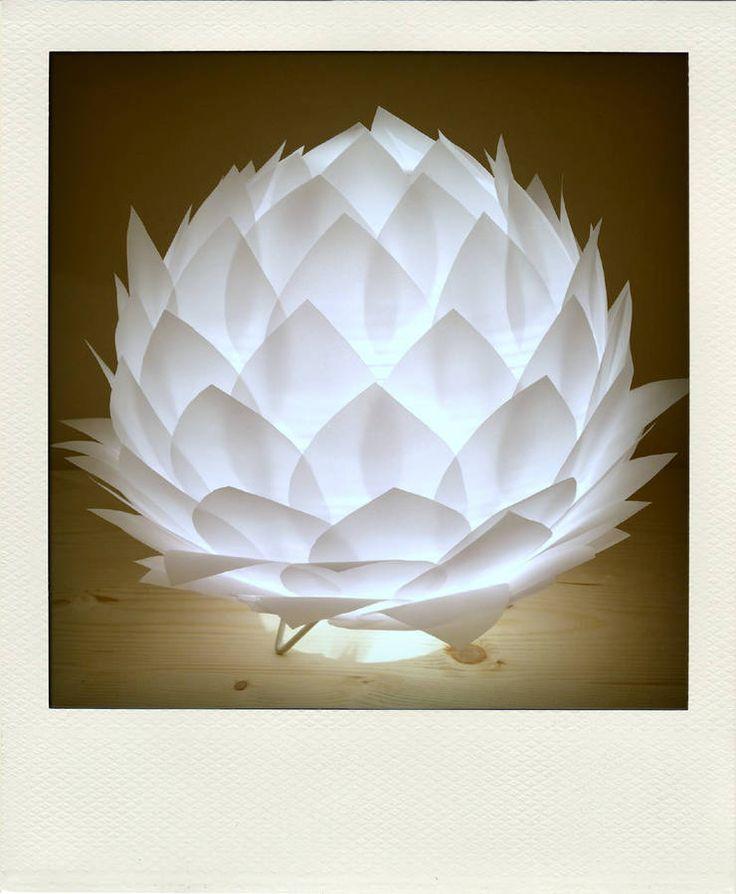 "Veilleuse, ""Fleur de Lotus"" Tiffany Malone Creations, 80 euros"