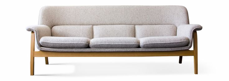 ソファは、家族構成や部屋の広さに合わせて使い分けることが理想です。さまざまな商品からどれが自分に最適なものか比較検討できるよう、マルニ60、カリモク60、天童木工から選んだ5種類のソファを、それぞれの