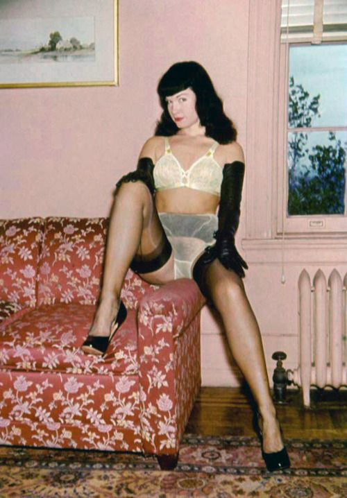 Betty Page Photos: Bettie Page Is All The Rage!