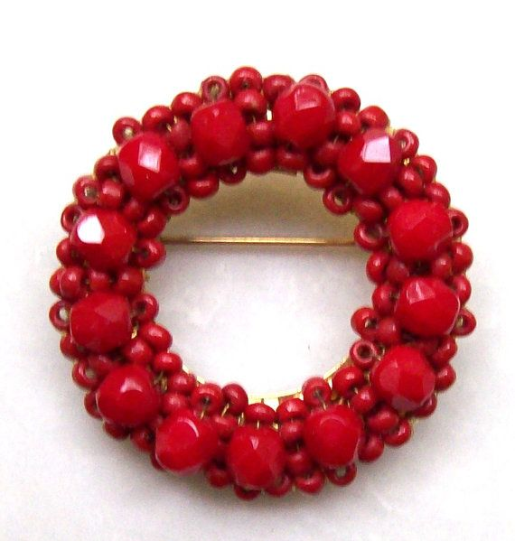 Vintage Brooch Hobe Wired Red Bead Wreath by JennyFindsVintage