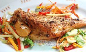Морской окунь, запеченный в духовке + гарнир из овощей