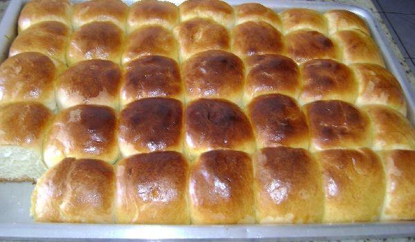 O Pão Doce Fácil é prático, delicioso, fofinho e perfeito para o seu lanche da tarde. Faça também para a lancheira das crianças e faça a alegria delas. Con
