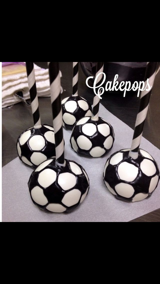 Soccer ball cakepops by Sweet Indulgence http://m.mysweetindulgence.com/ - Football / Soccer Cake Pops - For all your cake decorating supplies, please visit craftcompany.co.uk