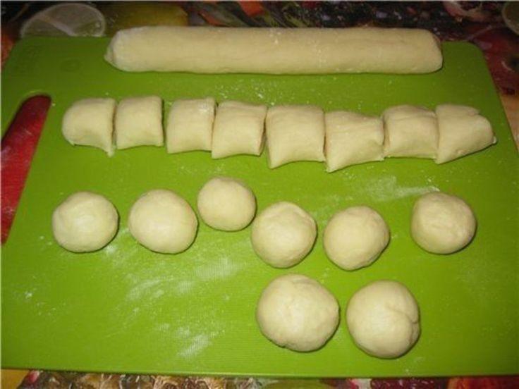 Egyszerű desszertnek indult, nem gondolta, hogy ez lesz élete legfinomabb sütije! - Bidista.com - A TippLista!