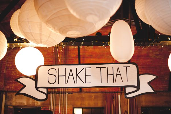 """Shake that"" dance floor sign."