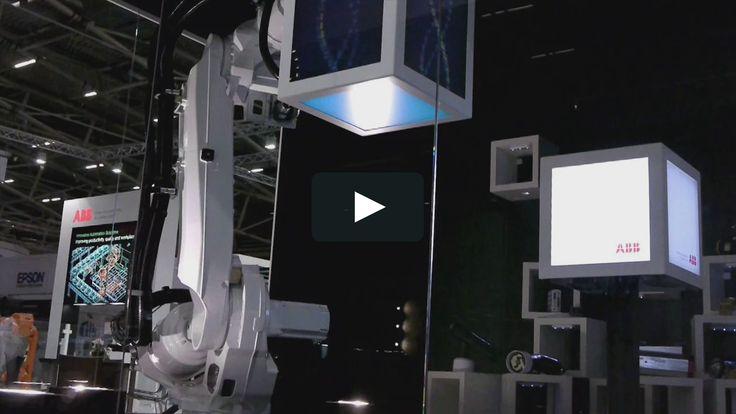 Kinetic cube shaped displays for ABB presentation at Automatica Munich  The MESO-Team: Sebastian Oschatz, Alexander Graf, David Brüll, Nils Buhlert, Julian…