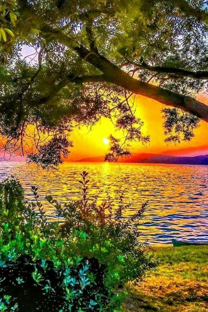 This Could Be Done In Either Acrylics Or Watercolour Nature Fair Amazing Earth Beauty Naturalbeauty Shot Beautiful Nature Beautiful Landscapes Nature