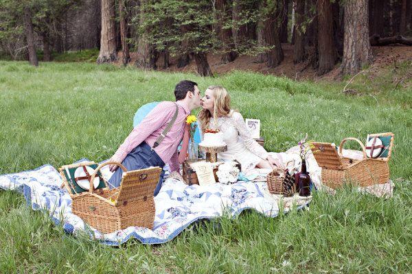 Nice idea for pre-wedding shoot