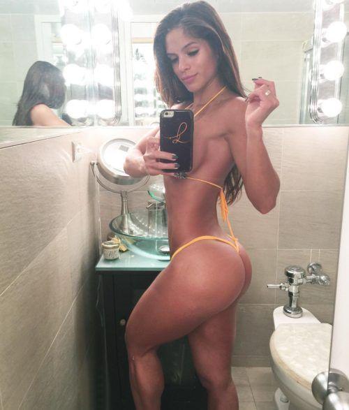 Michelle Lewin's Glorious Butt Selfie In Bathroom