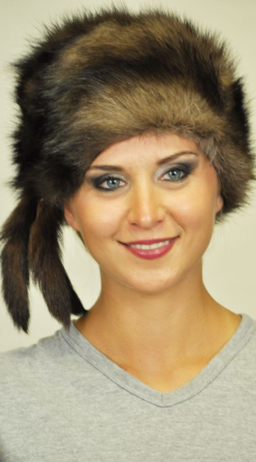 Poleca fur hat http://www.amifur.com