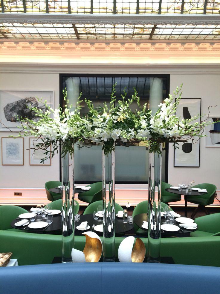 #hotelvernet #madameartisanfleuriste #dendrobium #corylus #ruscus