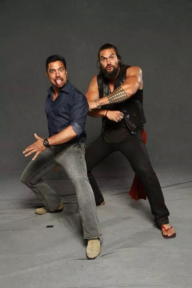 Manu Bennett & Jason. wow, wish that I could have been there to see this. ;(penny)