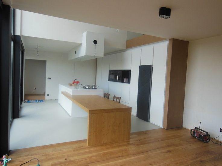 25 beste idee n over kookeiland tafel op pinterest hedendaagse keukens keukeneetkamer en - Ingerichte keuken met geintegreerde tafel ...