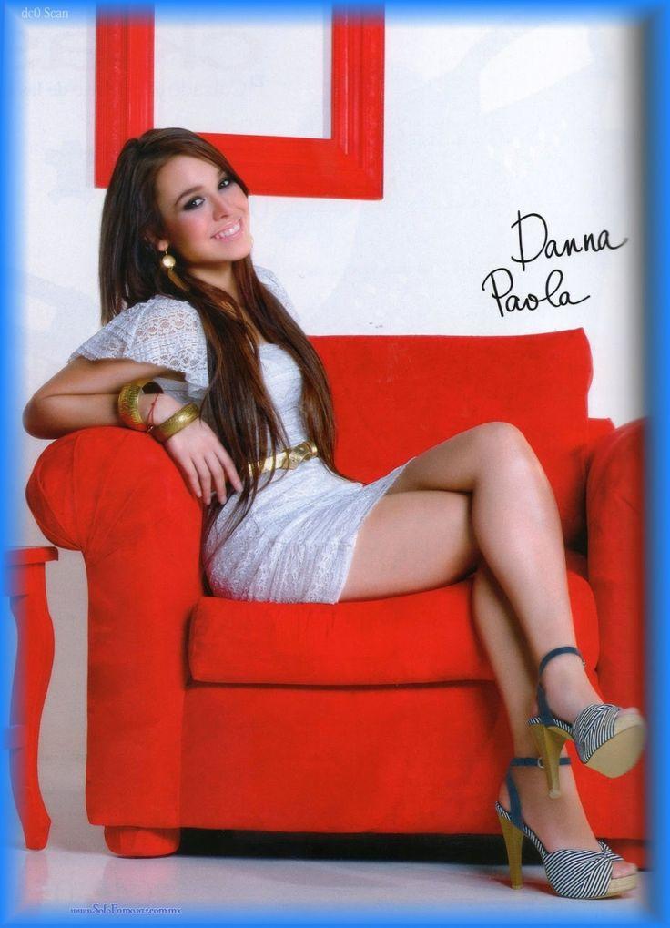 Las mas gaupas actrices del mundo: Danna Paola Beautiful Legs